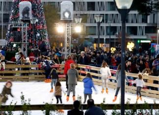 Pista de hielo en la plaza de Colón