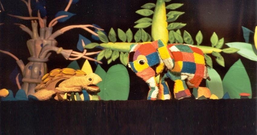 Títeres para niños: Elmer el elefante en Sala Teatro Cuarta Pared ...