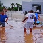 REGIÃO DOS LAGOS – Chuva forte provoca alagamentos na Região dos Lagos nesta segunda-feira (29)