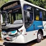 ACIDENTE – Batida entre 2 ônibus na RJ-106 deixa 8 passageiros feridos em Saquarema