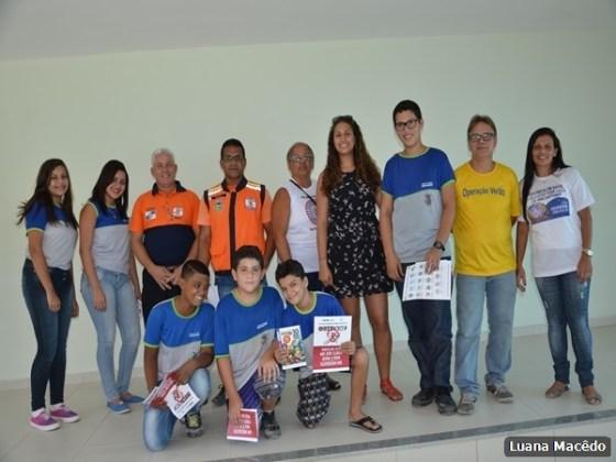 Escola Municipal Professora Miriam Alves Guimarães, no bairro Fluminense4