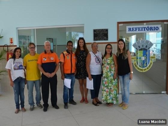 Escola Municipal Professora Miriam Alves Guimarães, no bairro Fluminense5
