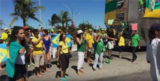 Manifestação em Cabo Frio.jpgdilma