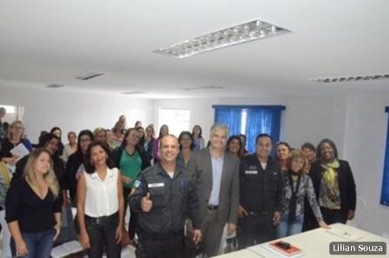 Centro de Formação Continuada Professora Ismênia Trindade dos Santos