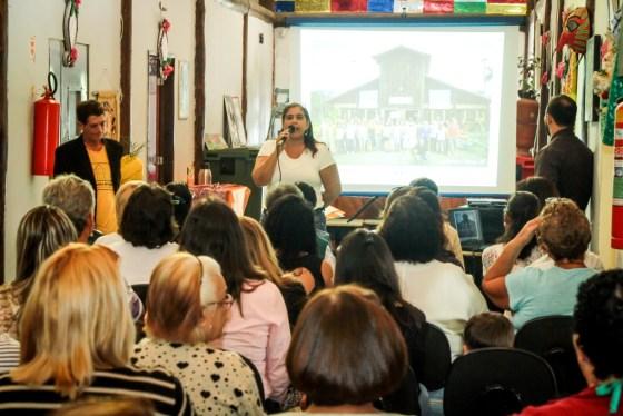 Prefeito Cláudio Chumbinho prestigia confraternização do Horto Escola 4