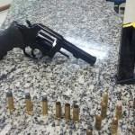 AÇÕES POLICIAIS – PM é recebida a tiros em comunidade de São Pedro da Aldeia e apreende arma