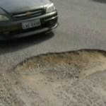 CABO FRIO – Ruas esburacadas deixam motoristas de Cabo Frio sem paciência