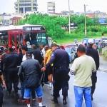 PROTESTO EM CABO FRIO – Pelo 2º dia seguido, Guardas e coveiros fecham Ponte em Cabo Frio