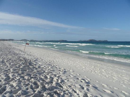praia-do-foguete-jovem-morre-afogado