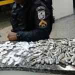 AÇÕES POLICIAIS – Polícia apreende maconha e cocaína em Unamar, em Cabo Frio