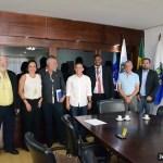 SÃO PEDRO DA ALDEIA – PREFEITO CLÁUDIO CHUMBINHO SE REÚNE COM REPRESENTANTES DOS CORREIOS