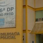AÇÕES POLICIAIS – Grupo suspeito de invadir comunidade e matar homem é detido ao tentar fugir em Arraial