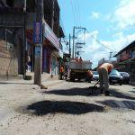 SÃO PEDRO DA ALDEIA – Prefeitura inicia operação tapa-buracos no bairro Porto do Carro