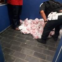 AÇÕES POLICIAIS – Homem é flagrado com 14 mil pinos de cocaína no porta-malas na RJ-124