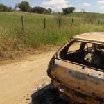 AÇÕES POLICIAIS – Corpo carbonizado é encontrado dentro de carro em Iguaba Grande