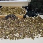 AÇÕES POLICIAIS – Homem é preso com 844 munições e pistola em Cabo Frio