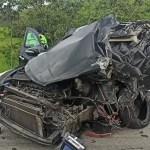 Sargento da PM morre e outras três pessoas ficam feridas em grave acidente na BR-101, em Macaé