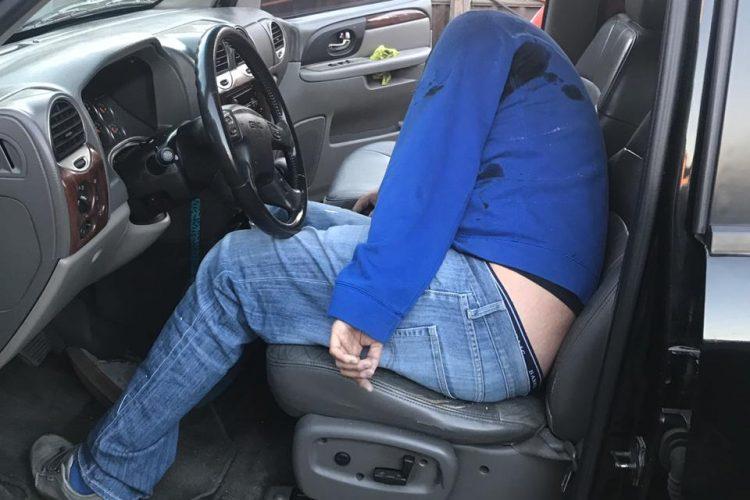 ejecutado dentro de vehiculo