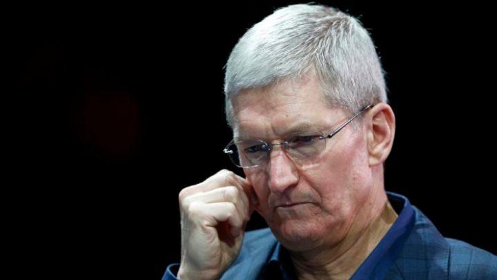 Tim Cook 2 740x493 - Apple perde o terceiro lugar dos maiores fabricantes de smartphones do mundo
