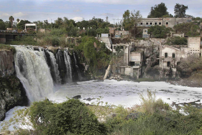 Conagua autoriza descargas de residuos contaminantes en el Río Santiago