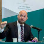 Philip Nolan: posible reapertura de las escuelas de manera gradual a finales de febrero
