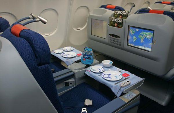 Air europa usa su flota dreamliner para ruta madrid buenos for Interior 787 air europa