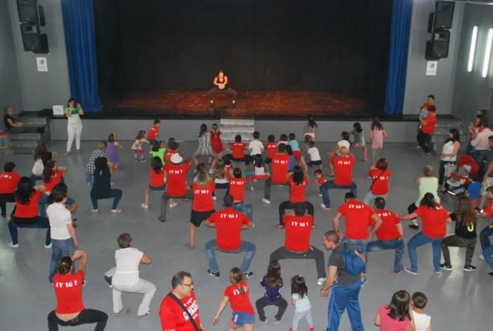 Espectáculos y baile en el Día de la Familia de MOVER Parla