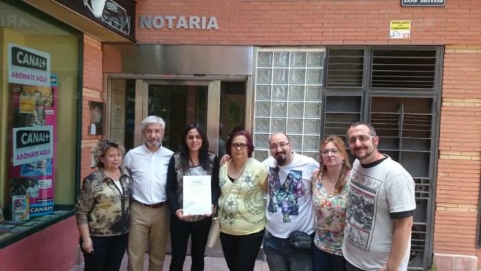 Candidatura de PSOE Parla tras la firma del decálogo ante notario