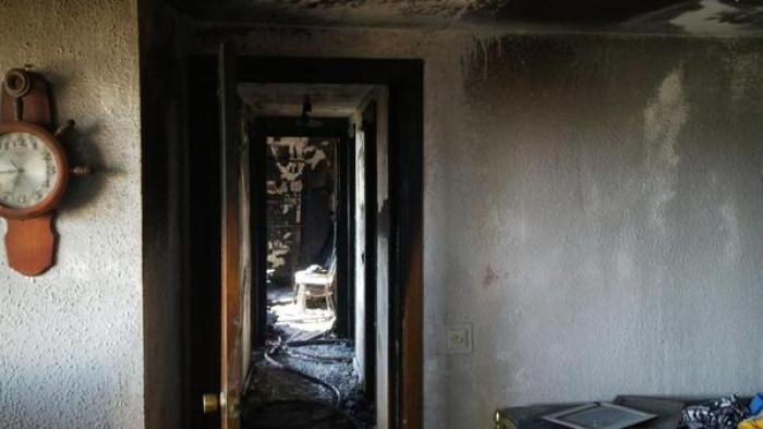 Incendio en una vivienda en la calle Sahagún