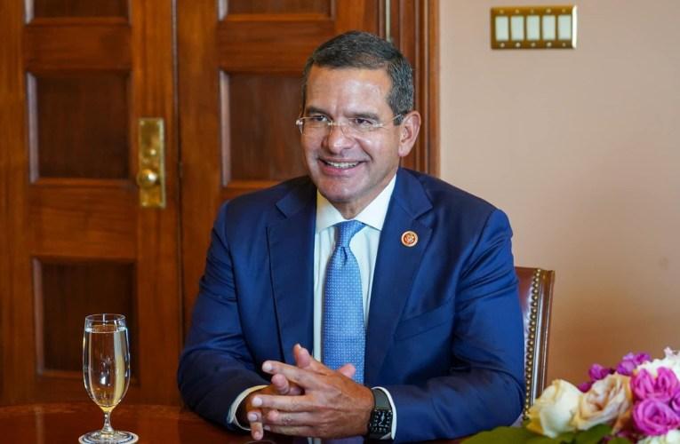 Gobernador se reúne con el líder de la mayoría demócrata en el Senado federal, Chuck Schumer para discutir trato igual en programa de Medicaid