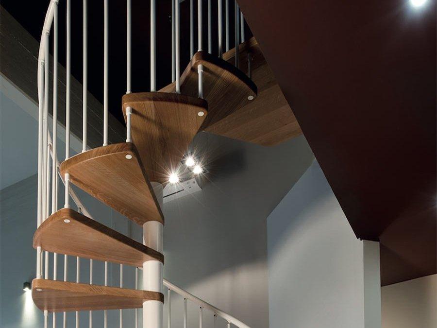 Increible articulo sobre escalera de caracol en RFserveis