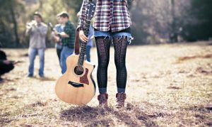 music_outfit-with-guitar_167K[1]