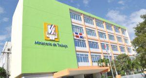 Ministerio de Trabajo reitera que el viernes 26 de enero se trabaja y se cambia para el lunes