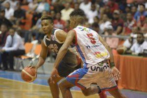 Pueblo Nuevo pica delante en segunda jornada de inauguración #BasketDeSantiago