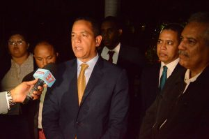 Senador Valentín apoya decisión de la JCE de suspender actividades proselitistas