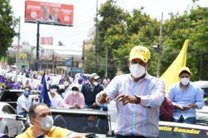 Valentín cierra semana en Caravana del Triunfo con Danilo Medina y Gonzalo Castillo