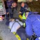 Huye del anti alcohol y mata a policía