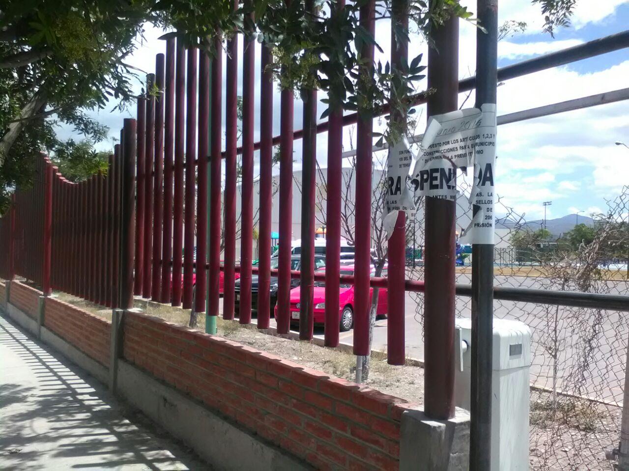 "Clausuran Obra En ""La Huzachera"""""