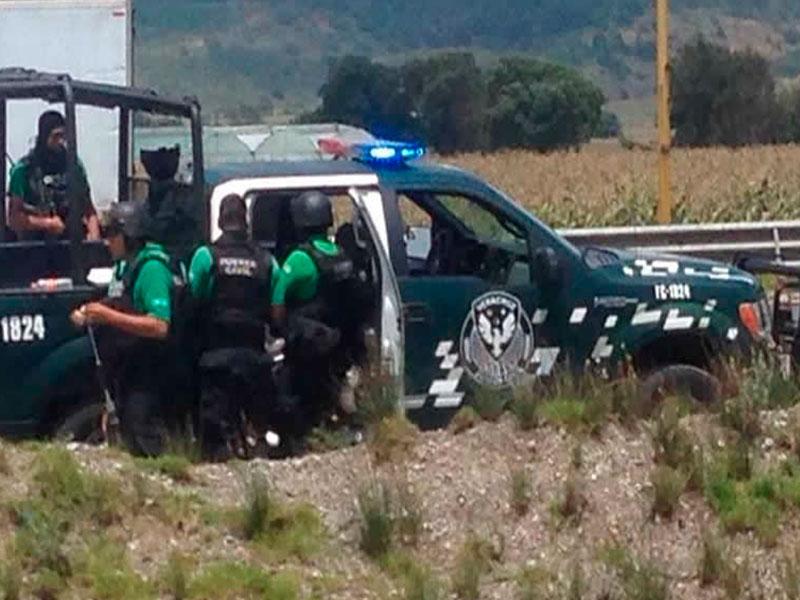 Un muerto por balacera entre policías y chupaductos