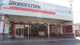 Bridgestone Llantara