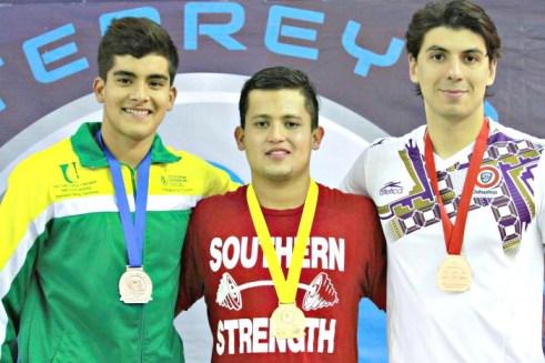 Medalla de bronce 200 metros combuinados Arena Grand Prix Monterrey 2017