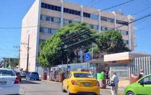 Siguen muriendo pacientes por medicamento contaminado en el hospital de Pemex en Tabasco
