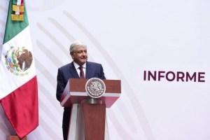 Anuncia AMLO sin profundizar, plan para reactivar economía