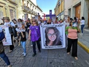 Protesta en Oaxaca por asesinato de fotoperiodista