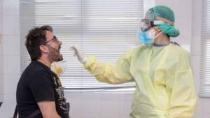 Mutación del SarsCov2 es la que se propaga por Europa, causando 80% de casos en España y Reino Unido