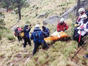 Rescatan cuerpo de alpinista en el Iztaccíhuatl