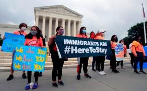Amenaza Trump con desmantelar el DACA