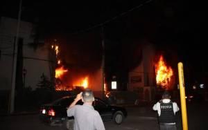 Incendian edificios públicos en Chihuahua, por conflicto del agua