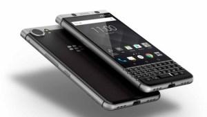 Vuelve BlackBerry con teclado físico