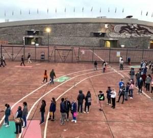 Realizan jóvenes examen de ingreso a la UNAM